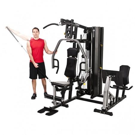 Vista frontal de la máquina musculación doméstica Horizon Torus 5 St carga 80 kg de placas brazos