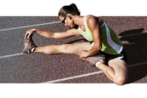 Los estiramientos son fundamentales antes y después de utilizar las máquinas de ejercicio