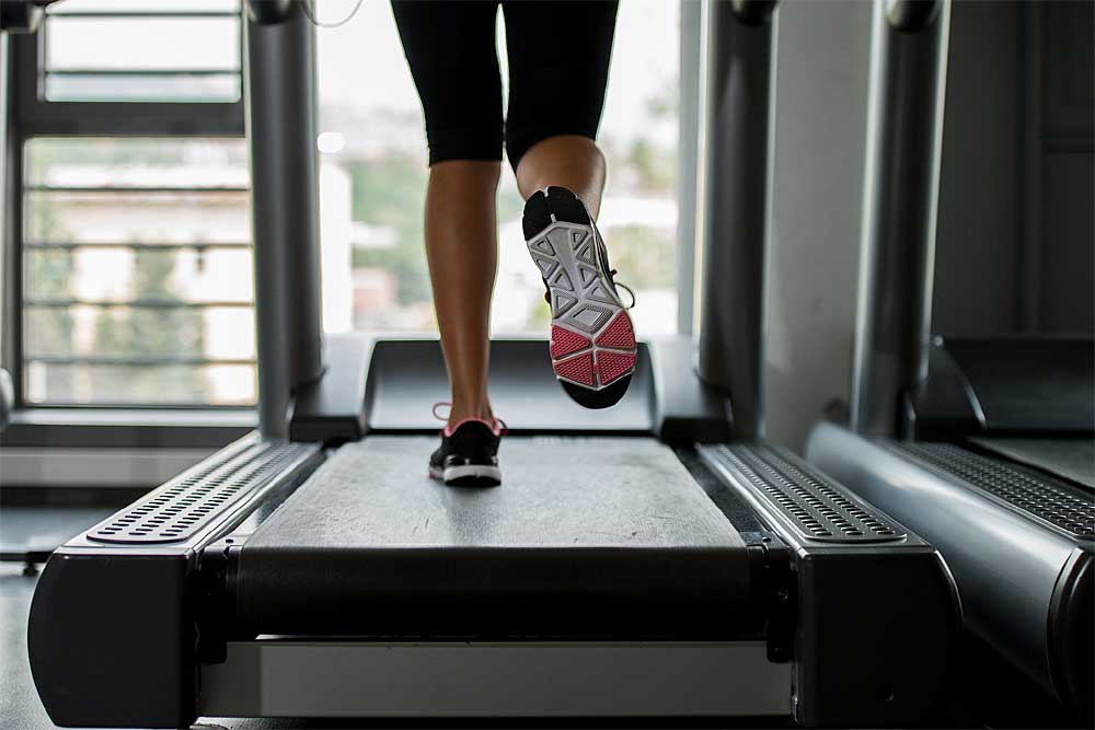 Si el tiempo no acompaña es importante realizar entrenamientos con cinta de correr