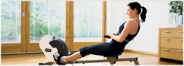 Una máquina de remo ejercita tu cuerpo al completo para la mejora de tu salud y forma física.