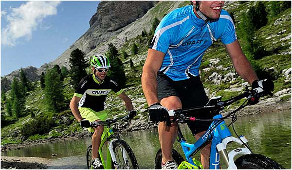 Las gafas ciclismo son tan parte del kit de un ciclista como el culotte