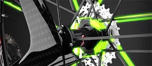 Montaje de radios en las nuevas ruedas Campagnolo Zonda C17