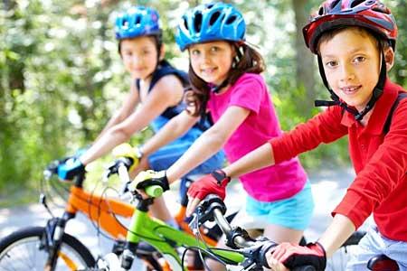 El casco para ciclismo infantil te ofrece protección y tranquilidad