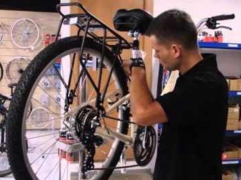Montar el portabultos en la bicicleta de forma correcta es importante para evitar problemas