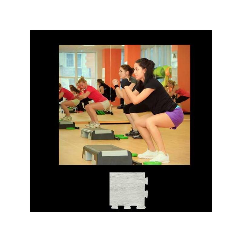Esquina para remate de pavimento o suelo gimnasio aerobic piezas de  12X12X1 cm